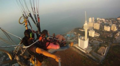 Paragliding in Pattaya
