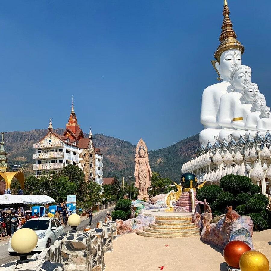 Wat Phrathat Pha Sorn Kaew